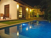 Villa Saba - Arjuna 1 br, Pool at Night